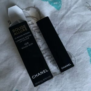 Chanel rouge lipstick